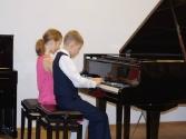 """MS Vispārējo klavieru 1.kl-8.  klases audzēkņu koncerts vecākiem """"Pasaules populārās melodijas, dziesmas un dejas"""" /27.11.2015./"""